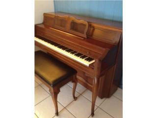 *PIANO ACUSTICO - EVERETT 1973 -bello sonido*, Puerto Rico