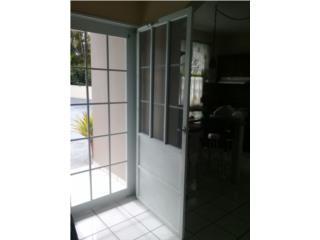 Puerta y screen, Puerto Rico