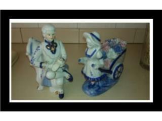 2 figuras antiguas en porcelana DeVille, Puerto Rico