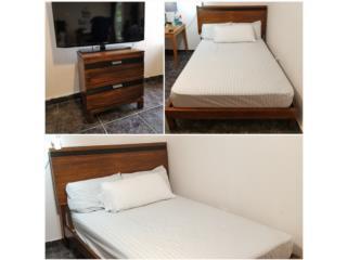 Se vende cama full(con matre) y mesa de noche, Puerto Rico