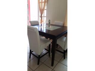 Juego de comedor con 4 sillas, Puerto Rico