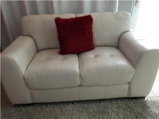 Mueble en piel 100% blanco, Puerto Rico