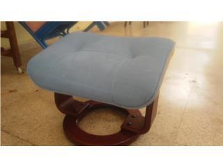 Ottoman/ mueble para descansar pies en Cedro, Puerto Rico