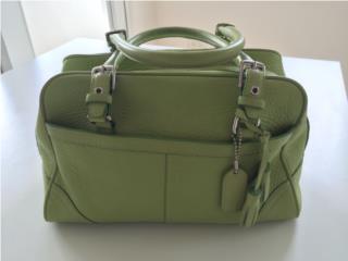 --cartera COACH – color verde--, Puerto Rico