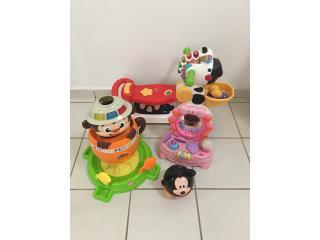 Lote de juguetes hay mas de 50 por $125, Puerto Rico