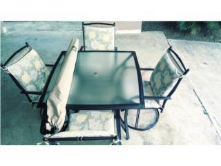 Mesa de patio a excelente precio $200 OMO , Puerto Rico