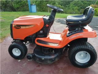 tractor corta grama como nueva, Puerto Rico