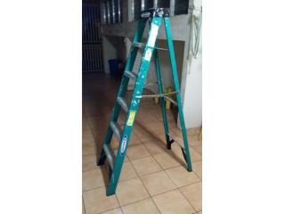 Escalera Werner levemente usada, Puerto Rico