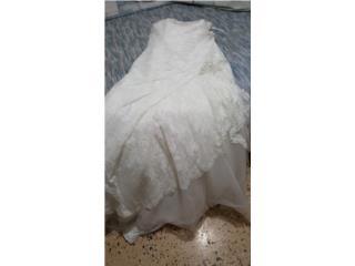 Hermoso traje de novia, enagua y velo, Puerto Rico