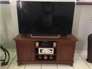 "Sony Bravia 50"" Led 1080p con mesa de madera , Puerto Rico"