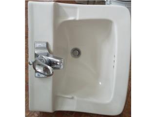 Lavamanos con llave, Puerto Rico