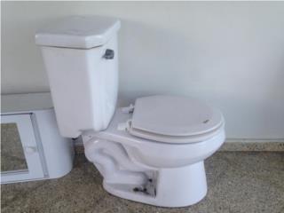 Toilet y lavamano, Puerto Rico