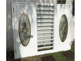 Ventana de seguridad de 6x5 con vitrales., Puerto Rico