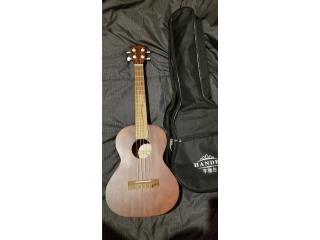Ukulele soprano $65, Puerto Rico