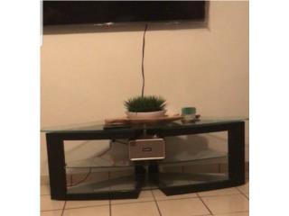 Moderna mesa de centro, AUX TV, Puerto Rico