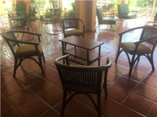 Juego de Rattan, 4 sillas y mesa centro, Puerto Rico