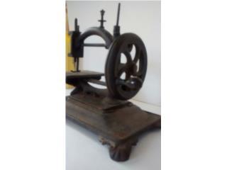 Maquina de coser antigua, Puerto Rico