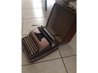 Se Vende Maquinilla Futura 800 del año 1958, Puerto Rico