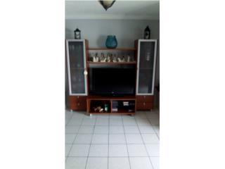 Mueble de Televisor, Puerto Rico