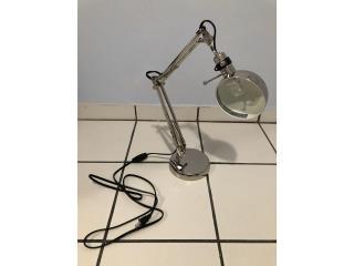 lámpara de escritorio como nueva, Puerto Rico