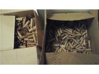 Dos cajas llenas de rollitos de envolver, Puerto Rico