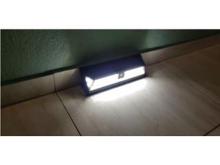 Lamparas LEDs solares Nuevas, Puerto Rico