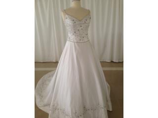 traje de novia blanco con plata 6/8 con cola, Puerto Rico