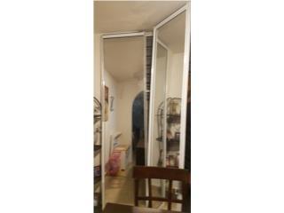 Se venden puertas closet en espejo, Puerto Rico