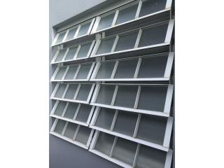 Se venden 4tro ventanas francesas , Puerto Rico