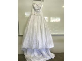David's Bridal, white wedding dress, size 10 , Puerto Rico