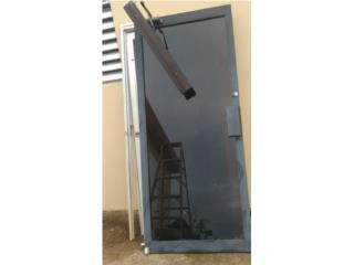 Puerta de negocio u oficina, Puerto Rico