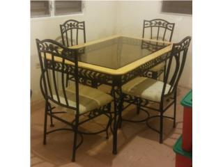 Mesa de comedor rustico de hierro (brass), Puerto Rico