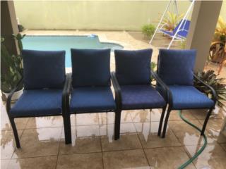 Cuatro sillas de patio o terraza buenas condicione, Puerto Rico