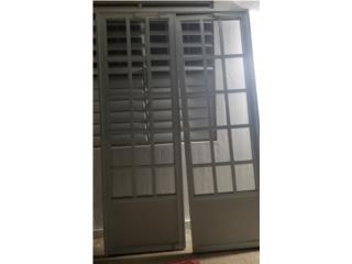 Puerta screen doble 62×96 y dos 38 ×96 aprox. , Puerto Rico