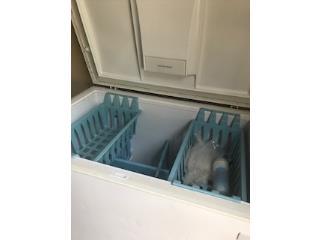 Freezer KENMORE blanco de 4 pies COMO NUEVA , Puerto Rico