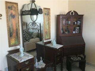 3 coquetas y escritorio Puertorriqueños , Puerto Rico