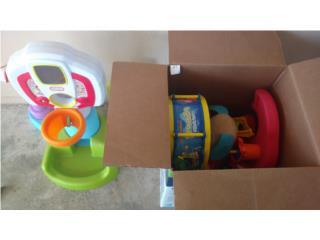 Caja con juguetes, Puerto Rico