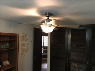 Abanico de techo con luz como nuevo., Puerto Rico