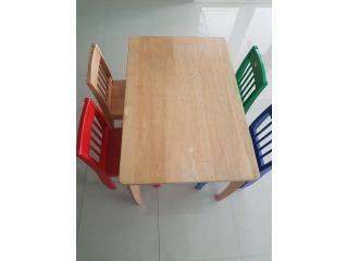 Mesita con 4 sillas para niños hasta 8 años, Puerto Rico
