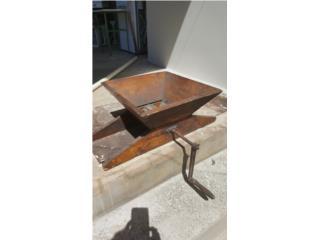 Espulpadora antigua en madera, Puerto Rico