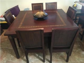 Mesa de madera solida de seis sillas cuadrada, Puerto Rico