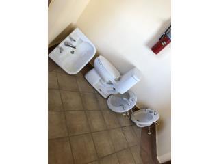 Toilet y lavamanos grandes blancos y videt , Puerto Rico