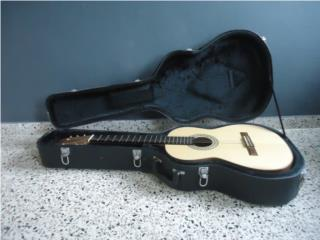 Guitarrra Clásica Artesanal D' Ponce, Puerto Rico