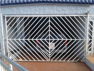 Se vende portón de reja 7pies por 13 pies, Puerto Rico