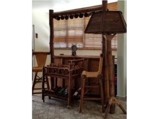Barra con sillas , vinera y lampara de bambú , Puerto Rico