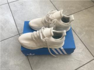 Tennis Adidas Originales Size 10, Puerto Rico