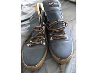 Tenis botas nuevas , Puerto Rico