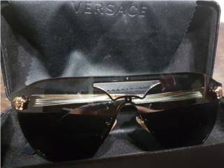 Gafas VERSACE, como nueva solo$150, Puerto Rico
