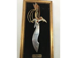 """Cuchilla """"mistress of the dragon's pasión """", Puerto Rico"""