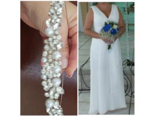 Traje blanco de boda con tiara , Puerto Rico